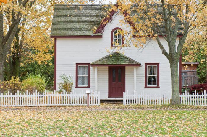 Ein Einfamilienhaus mit Garten zählt zum Inventar bei einer Bestandsaufnahme.